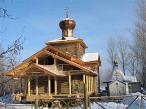 Строящийся храм